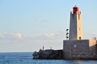 Latarnia morska nicejskiego portu.