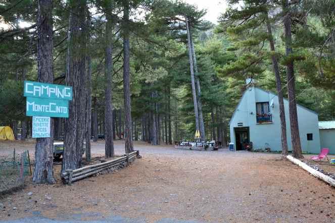 Pole namiotowe Monte Cinto. Le camping Monte Cinto.