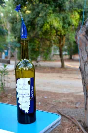 Pierwsze korsykańskie wino. Vin corse – le premier.