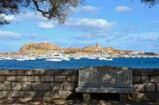 Widok na L'île de la Pietra.