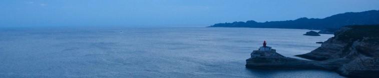 Kończymy dzień kolejnym spojrzeniem na dwie latarnie morskie - Madonetta...