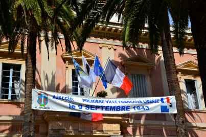 Ajaccio było pierwszym francuskim miastem wyzwolonym spod niemieckiej okupacji – 9 września 1943 roku.
