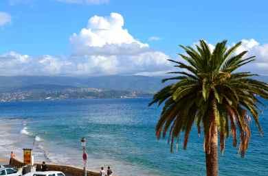 Ostatnie spojrzenie na Korsykę z lądu i czas na załadunek na statek. Le dernier regard sur la Corse de la terre et le temps est venu pour l'embarquement.