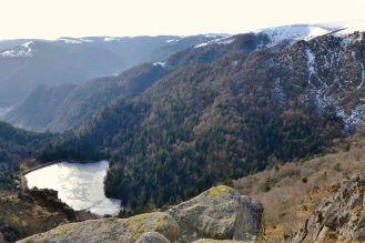 Widoczne na zdjęciu jezioro Schiessrothried (930 m).