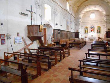 Kaplica Confrérie Sainte-Croix znajdująca się na przeciwko kościoła Saint-Blaise.