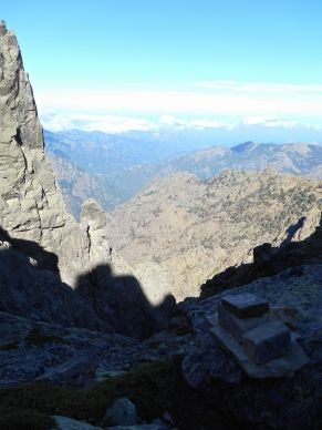Zbliżając się do przełęczy Bocca Minuta (2218 m) spoglądając na północny-zachód.