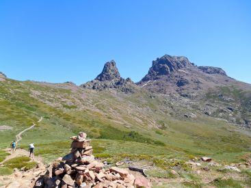 Bardzo ciężko jest mi rozstać się z tymi dwoma charakterystycznymi szczytami Korsyki.