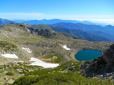Jezioro Bastani w drodze na szczyt.