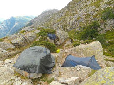 Obowiązkowe suszenie namiotu.