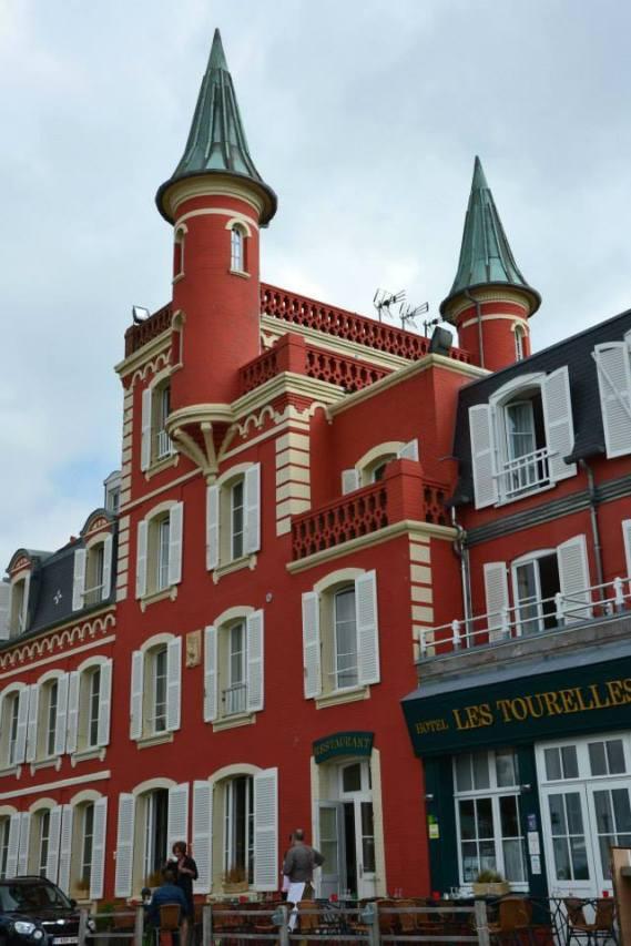 Centrum miasta. - Les Tourelles.