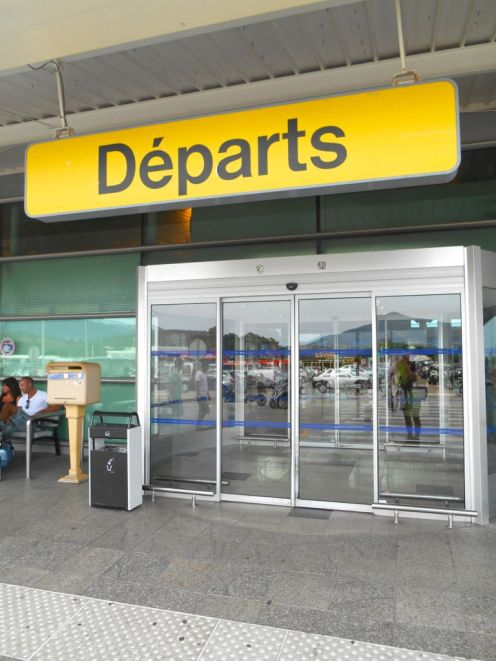Na lotnisku jestem dość wcześnie, kieruje się w stronę odpraw i czekam na planowaną godzinę odlotu.