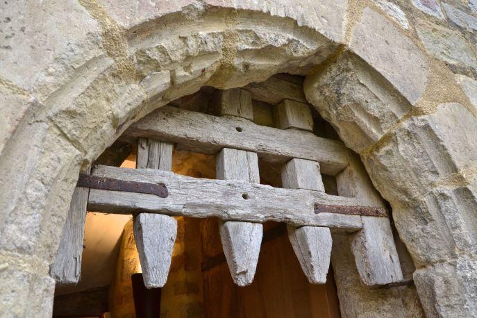 Drzwi pochodzące z XIV wieku.