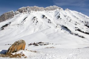 Aiguille de Borderan, Porte des Aravis, Pointe des Verres (Col des Aravis).