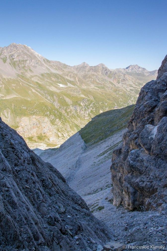 Spoglądając w stronę schroniska Turtmannhütte.