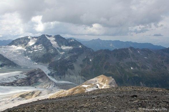 Widok ze szczytu Barrhorna.