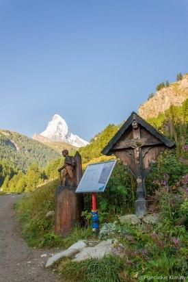 W tle - Matterhorn / Le Cervin.