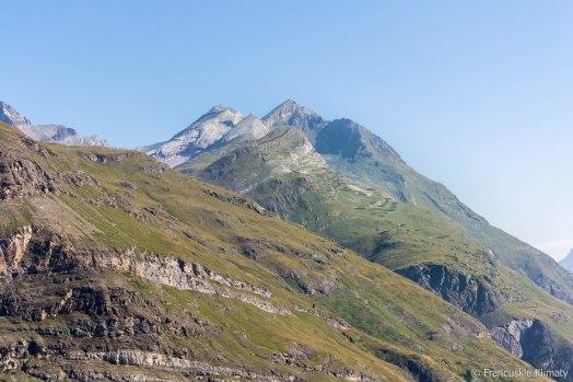 Widok na Platthorn (3345m) i Mettelhorn (3406m).