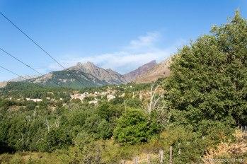 Pierwsze spojrzenie na szczyt Paglia Orba.