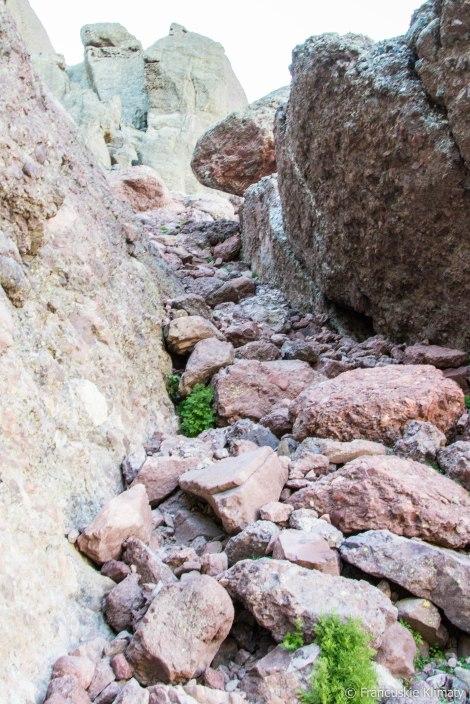 Przejście na ścianie Paglia Orby, po przejściu przełęczy.