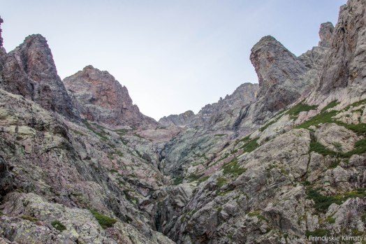 Capu Borba i Tour Penchée (2116 m).