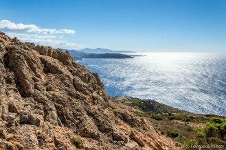 Widok na południe w stronę goflu Sagone i wysp Sanguinaires.