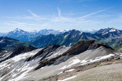 Tête Sud des Fours (2716 m).