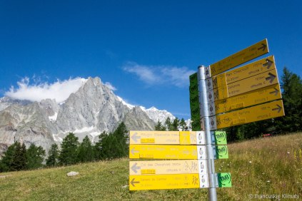 Przy schronisku Maison Vieille, przełęcz Chécrouit (1956 m).