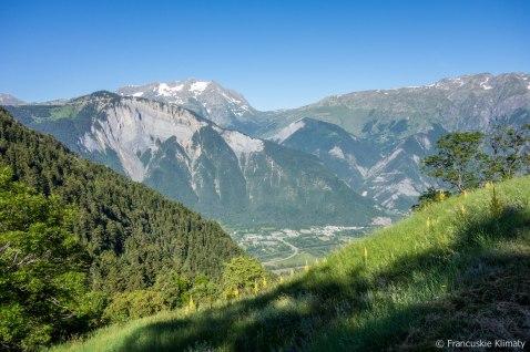 Widok na Le Bourg d'Oisans.