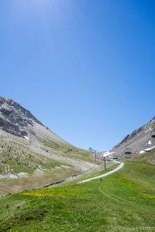 Podejście na przełęcz Eychauda.