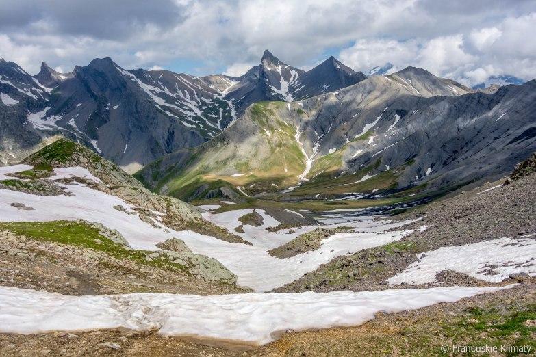 Widok w stronę przełęczy - col de Vallonpierre.