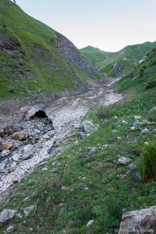 W drodze na przełęcz Côte Belle.
